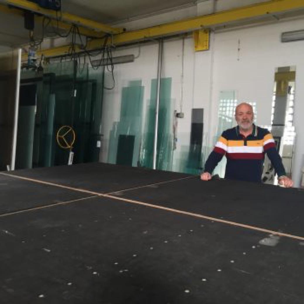 Antonio Rodriguez Varela: instalaciones y reformas de cristalería en A Coruña