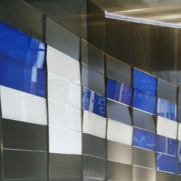 Antonio Rodriguez Varela:realización de vidrios templados, pegado con uva y mamparas de baño.